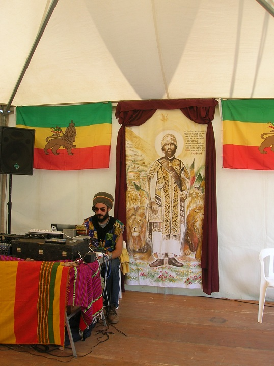 2010_07_House_of_Rastafari_Rototom_0006