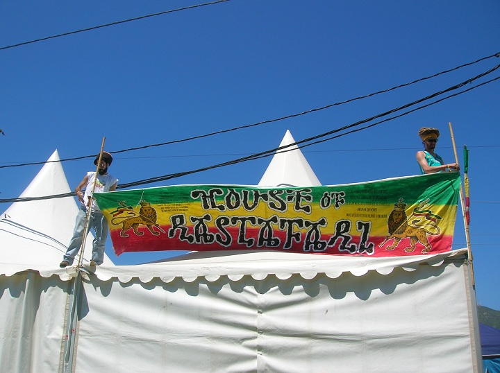 2010_07_House_of_Rastafari_Rototom_0001[1]