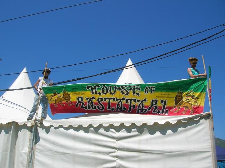 2010_07_House_of_Rastafari_Rototom_0001