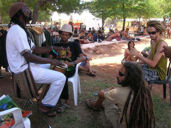 2010_07_House_of_Rastafari_Rototom_0004