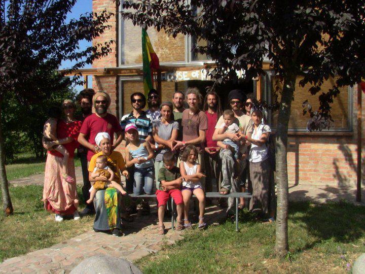 2011_06_House_of_Rastafari_Zion_Station_0002