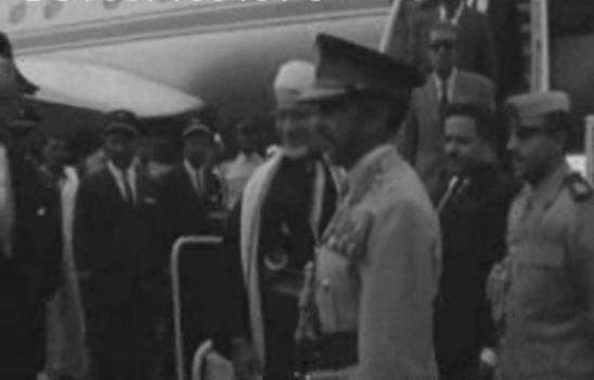 Brindando al Presidente Yemenita